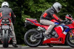 Honda CBR600RR 2021 ergonomia