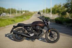 Moto Guzzi V7 III Stone 2020 detalles 2