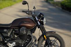 Moto Guzzi V7 III Stone 2020 detalles 3