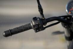 Moto Guzzi V7 III Stone 2020 detalles 9