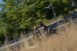 Moto Guzzi V7 III Stone 2020 prueba 33