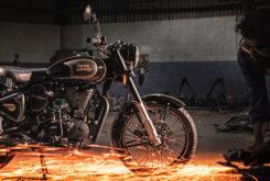 Royal Enfield Classic 500 Tribute Black 2020 (9)