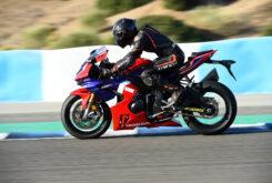 Honda CBR1000RR R SP 2020 prueba 24