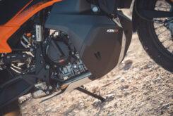 KTM 890 Adventure 2021  11