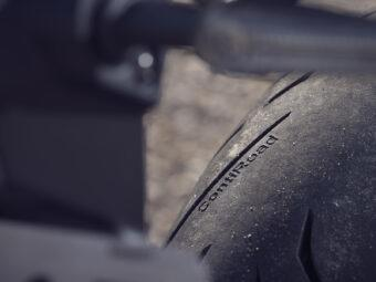 Yamaha MT 03 2020 vs Kawasaki Z400 2020 detalles32