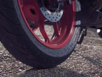 Yamaha MT 03 2020 vs Kawasaki Z400 2020 detalles33