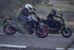 Yamaha MT 03 2020 vs Kawasaki Z400 2020 prueba 10