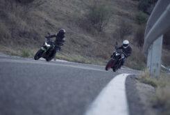 Yamaha MT 03 2020 vs Kawasaki Z400 2020 prueba 12