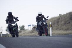 Yamaha MT 03 2020 vs Kawasaki Z400 2020 prueba 13