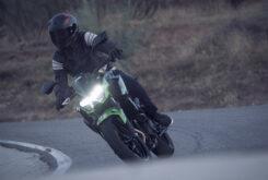 Yamaha MT 03 2020 vs Kawasaki Z400 2020 prueba 26