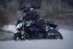 Yamaha MT 03 2020 vs Kawasaki Z400 2020 prueba 28