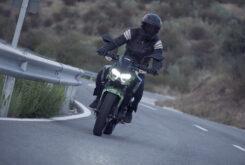 Yamaha MT 03 2020 vs Kawasaki Z400 2020 prueba 30