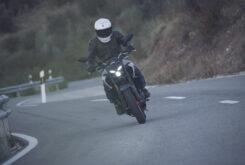 Yamaha MT 03 2020 vs Kawasaki Z400 2020 prueba 31