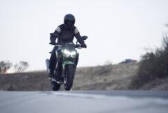Yamaha MT 03 2020 vs Kawasaki Z400 2020 prueba 32