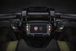 Ducati Diavel 1260 Lamborghini 2021 (27)