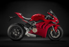 Ducati Panigale V4 2021 (4)