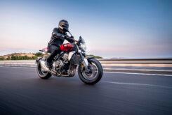 Honda CB1000R 2021Accion3