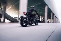 Honda CB1000R Black Edition 2021Accion6