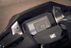 Honda Forza 750 2021 detalles 20