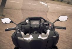 Honda Forza 750 2021 detalles 25