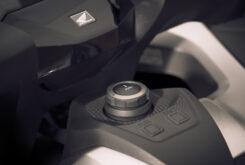 Honda Forza 750 2021 detalles 6