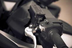 Honda Forza 750 2021 detalles 9