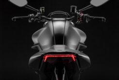 Ducati Monster Plus 202110
