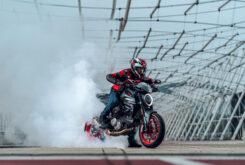 Ducati Monster Plus 202188