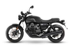 Moto Guzzi V7 Stone 2021 (10)