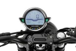 Moto Guzzi V7 Stone 2021 (11)