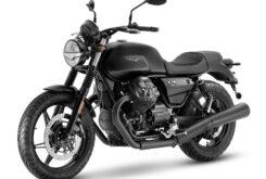 Moto Guzzi V7 Stone 2021 (7)