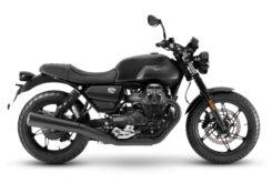 Moto Guzzi V7 Stone 2021 (9)