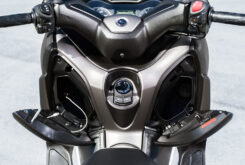 Yamaha XMAX 300 2021 (29)