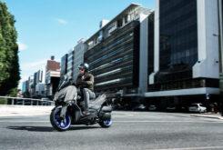 Yamaha XMAX 300 2021 (3)