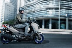 Yamaha XMAX 300 2021 (4)