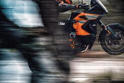 KTM 1290 Super Adventure S 2021 (14)