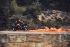 KTM 1290 Super Adventure S 2021 (18)