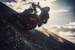 KTM 1290 Super Adventure S 2021 (29)