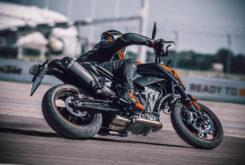 KTM 890 Duke 2021 (28)