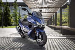 KYMCO Xciting S 400 2021 ambiente (2)