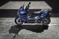KYMCO Xciting S 400 2021 ambiente (3)