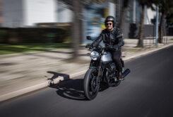 Moto Guzzi V7 Stone Centenario 2021 (31)