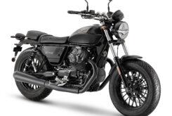 Moto Guzzi V9 Bobber 2021 (1)