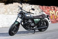 Moto Guzzi V9 Bobber Centenario 2021 (15)