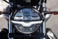 Moto Guzzi V9 Bobber Centenario 2021 (22)