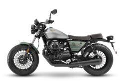 Moto Guzzi V9 Bobber Centenario 2021 (3)