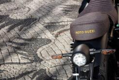 Moto Guzzi V9 Bobber Centenario 2021 (44)