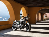 Moto Guzzi V9 Bobber Centenario 2021 (46)