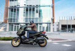 Yamaha XMAX 300 Tech Max 2021 (1)