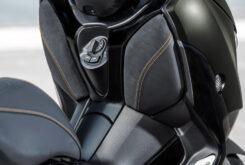 Yamaha XMAX 300 Tech Max 2021 (11)